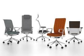 офисные кресла.jpg